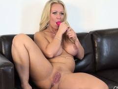 Eyeless light-complexioned girl Austin Taylor receives freaky near her sex-toys