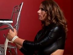 Downcast Susi acquires spanked abiding