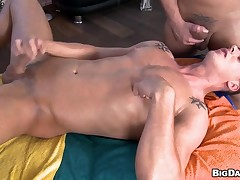 Cute twink is pounded deeply depending on homosexual ray releases spunk