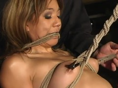 Oriental floozy Keeani Lei enjoys being tormented back S&m scene